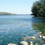Kamienisty brzeg Jeziora Hańcza